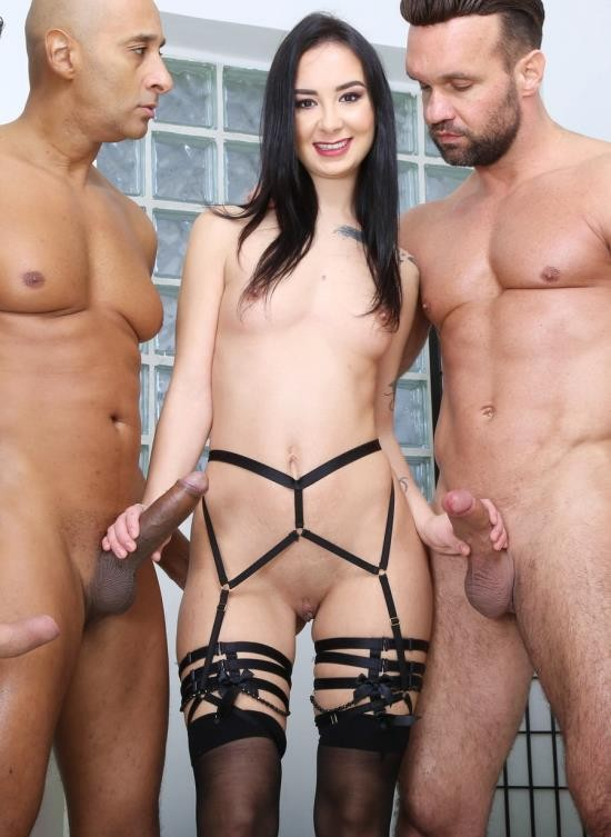 LegalPorno - Freya Dee - Funnelled With Roses, Freya Dee 4 On 1 Balls Deep Anal, First ButtRose, DAP, Pee Drink And Creampie To Swallow GIO1722 (UltraHD/14.8 GB)
