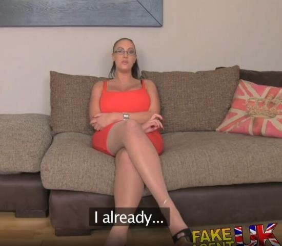 FakeAgentUK - Emma Butt - Porn Actress with Massive Tits Duped into Fake Sex Casting (HD/720p/101 MB)