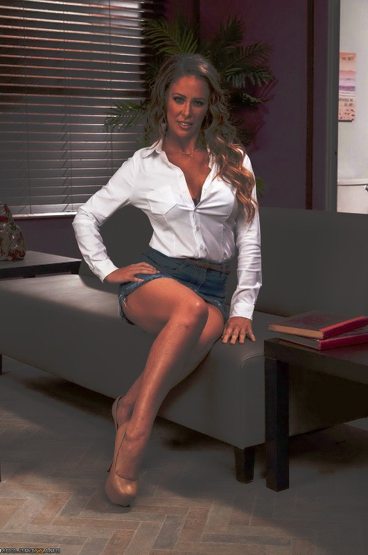Brazzers/MilfsLikeItBig - Cherie Deville - Getting Even And Getting Laid (HD/720p/689 MB)
