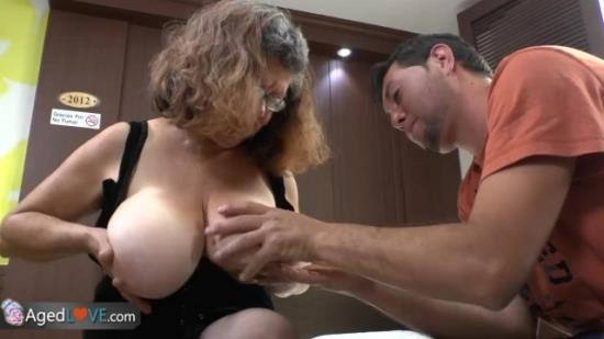 OldNanny - Granny - Delivery Boy Fucks with old Granny with Big Boobs! (HD/720p/80.9 MB)