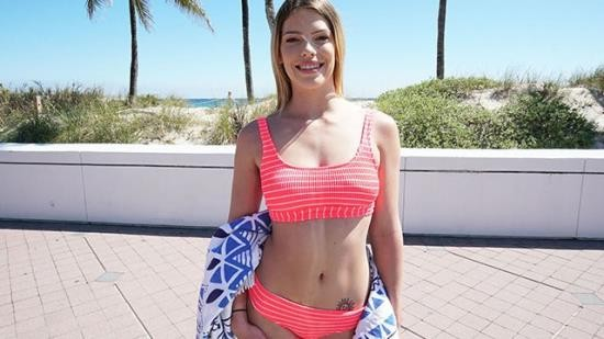 YNGR - Leah Lee - Hot Blonde Teen Gets Picked up by the Beach! (FullHD/1080p/249 MB)