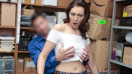 TeamSkeet/Shoplyfter - Bella Rolland - Case No. 8708145 (HD/720p/2.90 GB)