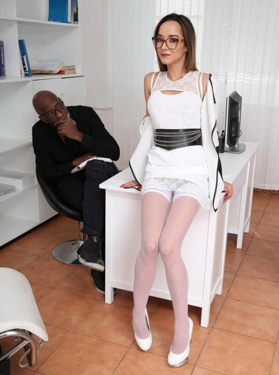 LegalPorno - Francys Belle, Mike - Psycho Doctor Francys Belle 1 Mike does the research Balls Deep Anal, Cremapie swallow GIO1008 (HD/720p/1.32 GB)
