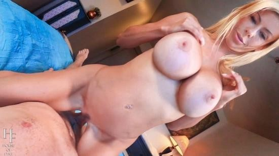 LadyFyre - Alexis Fawx - Crush on Stepmom-alexis Fawx POV (HD/720p/288 MB)