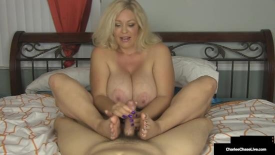 CharleeChase - Charlee Chase - Handjob Housewife Charlee Chase Slides Hands on your Cock!! (FullHD/1080p/87.0 MB)
