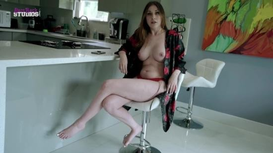 LukeLongly - Amiee Cambridge - Fucking My Hot New Step Mom with Huge Tits for the First Time (FullHD/1080p/223 MB)