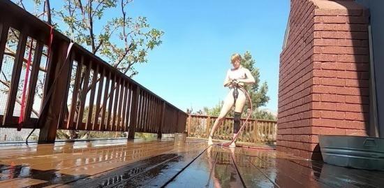 Bondagelife - Rachel Greyhound, Sasha Darling - Deck cleaning (HD/720p/834 MB)