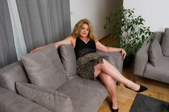 Mature.nl - Helena Jonic (45) - She's every toyboys wet dream because she does anything you'd desire! (FullHD/1080p/1.77 GB)