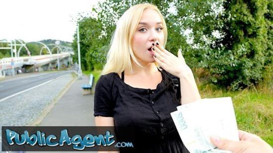 PublicAgent - Vera Jarw - Public Agent blonde teen Russian Vera Jarw fucked outside (FullHD/1080p/332 MB)