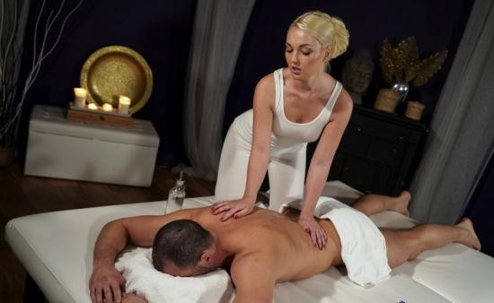 MassageRooms/SexyHub - Lovita Fate - Oiled firm young blonde masseuse (FullHD/1080p/1.04 GB)