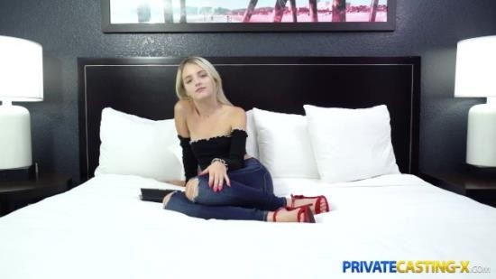 PrivateCastingX - Kate Bloom - Petite blonde fuck audition (FullHD/1080p/246 MB)