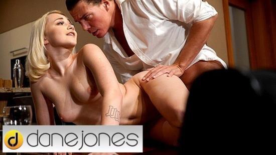 DaneJones - Marilyn Sugar - Sexy Czech blonde Marilyn Sugar filled with romantic creampie (FullHD/1080p/195 MB)