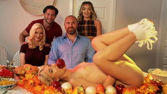 StepSiblingsCaught - Katie Kush, Jessie Saint - Step Sis She can totally show you how to stuff her turkey (HD/720p/81.6 MB)
