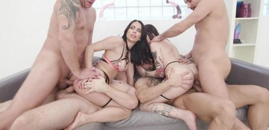 AnalVids - Jessy Jey, Giada Sgh - Thirsty Sluts Jessy Jey and Giada Sgh Vs 4 Boys with Balls Deep Anal, DAP, Gapes, Lots of Pee Drink, ATOGM, Squirting GIO1708 (HD/720p/2.14 GB)