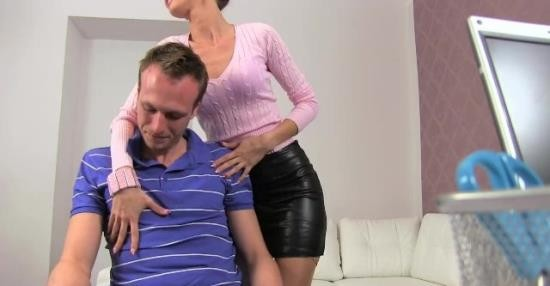 FemaleAgent - Cynthia Vellons - MILF receives massive cumshot from excited cheating stud (HD/720p/66.7 MB)