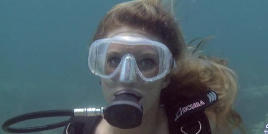 SexUnderwater - Sarah Jackson - Saltwater Cock (FullHD/1080p/803 MB)