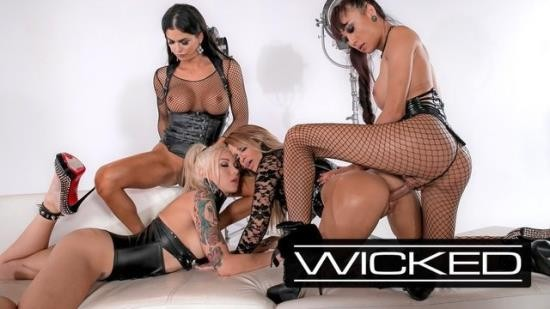 WickedPictures - Jessica Drake, Domino Presley, Aubrey Kate, Venus Lux - jessica drake s Orgy With 3 Trans Superstars (FullHD/1080p/245 MB)