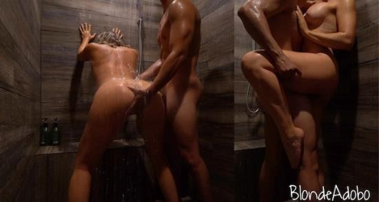 BlondeAdobo - Blonde Adobo - I snuck him into the womens shower to cum all over my ass. Sexy College Camping Vacation Sextape (FullHD/1080p/311 MB)