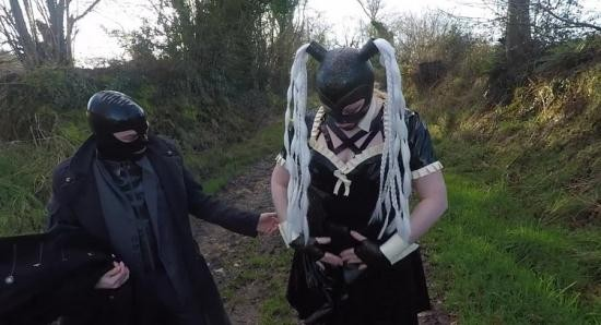 MissMaskerade - MissMaskerade - Miss Maskerade Exhibition in Full Rubber French Maid Adventure Outdoor Giving Latex Blowjob (FullHD/1080p/541 MB)