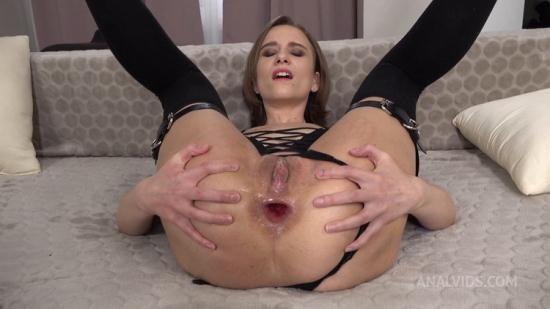 LegalPorno/AnalVids - Anastasia Mistress - Anastasia Mistress in DAP + Spanking + Slapping + Anal Squirt + Big Anal Gape + Prolapse VK040 (HD/720p/1.88 GB)