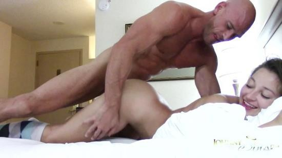 SinsLife - Dani Daniels - Booty Calls Johnny Sins Hardcore Hotel Room Fuck (FullHD/1080p/1.27 GB)