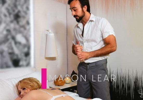 TransAngels - Gracie Jane, Mason Lear - Sneaky Masseur (FullHD/1080p/725 MB)
