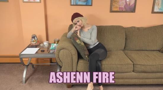 ChickPassAmateurs - Ashenn Fire - Tattooed Newbie Ashenn Fire Blows Logan for her Naughty Porn Audition! (UltraHD 4K/2160p/760 MB)