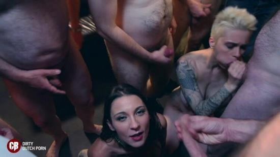 CumBizz - Julie Skyhigh - 2 Submissive Sluts in a Bar with a Biker Gang Julie Skyhigh Mila Milan (FullHD/1080p/922 MB)