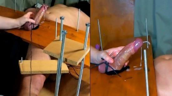 Pazuzuzu - Unknown - Amateur Femdom CFNM Handjob Game. I Tickle his Feet if he doesnt Cum. Double Cumshot. Ruined Orgasm (FullHD/1080p/393 MB)