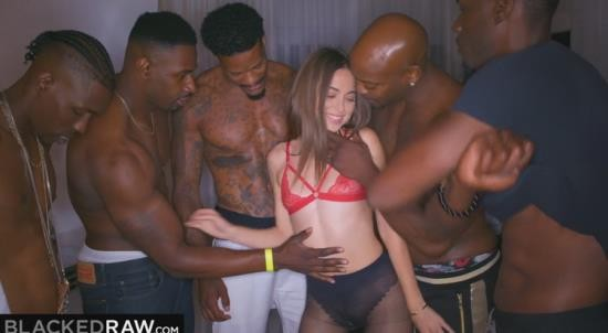 BlackedRaw - Riley Reid - Girlfriend got Gangbanged at the after Party (FullHD/1080p/1.25 GB)