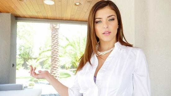 Lubed - Leah Gotti - Insanely Hot Real Estate Agent Leah Gotti willing to do anything for a Deal (FullHD/1080p/758 MB)