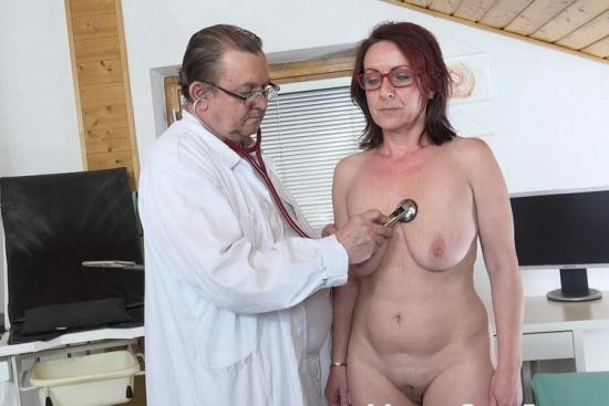 MatureGynoExam - Coco Blond - Old pussy exam of sexy mature woman by freaky doctor (FullHD/1080p/757 MB)