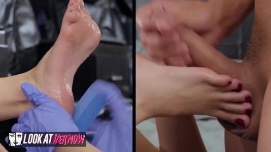 LookAtHerNow - Kimmy Granger - Kimmy Granger Gets her Feet Covered with Cum (FullHD/1080p/624 MB)