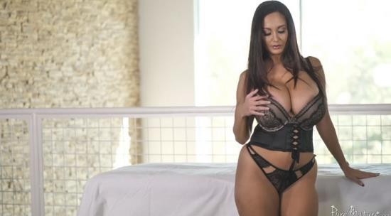 PureMature - Ava Addams - Huge Tit MILF Ava Addams Gets Oiled up & Fucked by her Masseurs Big Dick (UltraHD 2K/1440p/787 MB)
