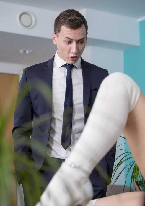 OfficeObsession/Babes - Lucy Heart - Bring Your Daughter to Work Day (FullHD/1080p/1.25 GB)