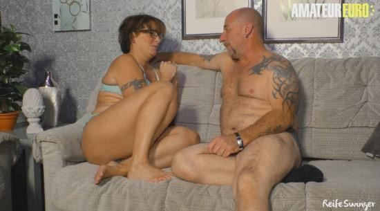AmateurEuro - Unknown - German Granny Threesome Sex with Husband and Friend (FullHD/1080p/387 MB)