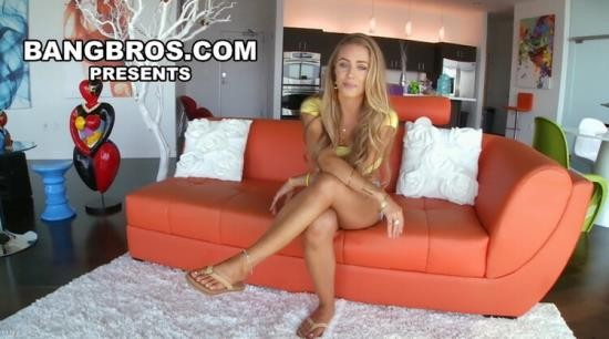AssParade - Nicole Aniston - Blonde PAWG Nicole Aniston Gets her Big Ass Fucked & Creampie (FullHD/1080p/1.08 GB)