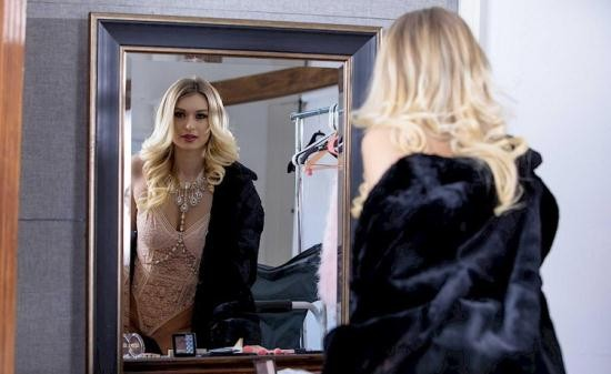 ElegantAnal/Babes - Natalia Starr - Model Behavior (FullHD/1080p/1.57 GB)