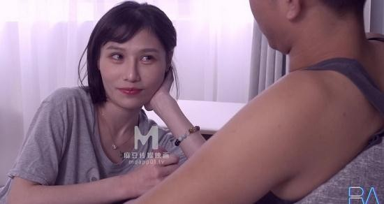 Madou Media/Royal Asian Studio - Amateur - The underwear was taken by my brother for a pistol (HD/720p/532 MB)