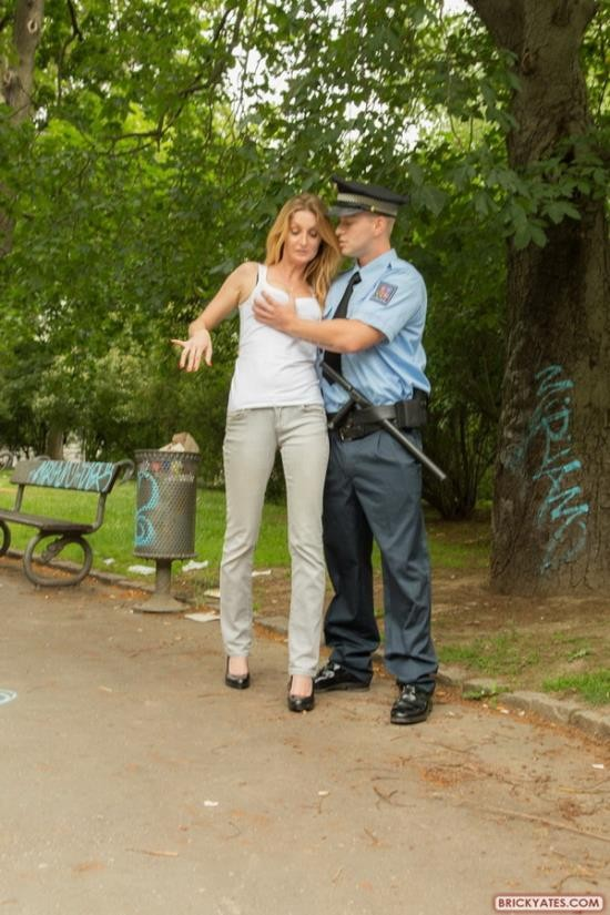 BrickYates - Vicky - Police Brutality Cop Forces A Girl to Fuck To Stay Out of Trouble (FullHD/1080p/1010 MB)