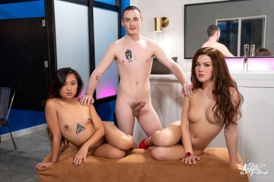 TransAngels - Elle Voneva, Daisy Taylor, Josh Cannon - A Very Hot Frost Glass (FullHD/1080p/1.08 GB)