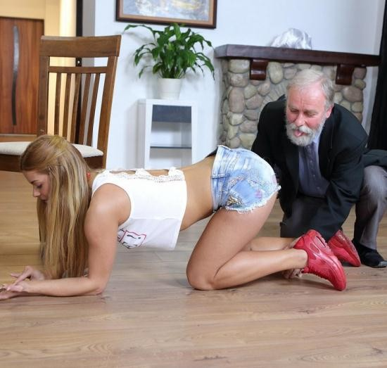 Old-n-Young/TeenMegaWorld - Chrissy Fox - Old man pays a hot delivery girl with sperm (FullHD/1080p/1.45 GB)