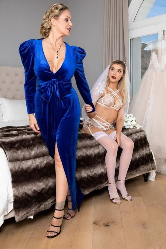 Twistys/WhenGirlsPlay - Julia Ann, Anny Aurora - His Mother, Her Wedding (FullHD/1080p/899 MB)