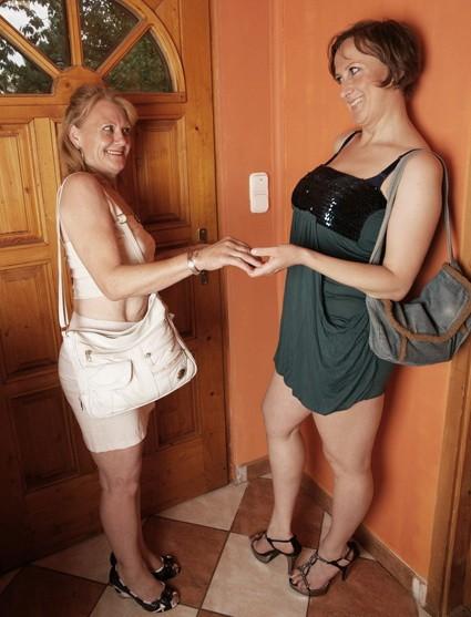 Mature.nl - Stephana(36), Santine(58) - 113 Mat-Alex56.wmv (HD/720p/886 MB)