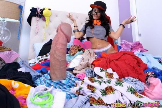 TeensLoveHugeCocks/RealityKings - Megan Rain - Clean Your Room (FullHD/1080p/3.28 GB)