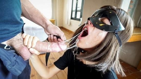 BruceandMorgan - Bruce and Morgan - Sloppy Rough Deepthroat BJ Leash Piss Cum Drinking (HD/720p/122 MB)