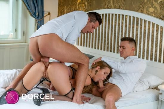 DorcelClub - Alexis Crystal - ALEXIS 4 YOU (FullHD/1080p/1.22 GB)