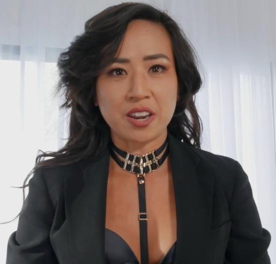ManyVids - Natalie Mars, Mistress Lucy Khan - Testing China's Secret Spy-Droid N.MARS (FullHD/1080p/2.23 GB)