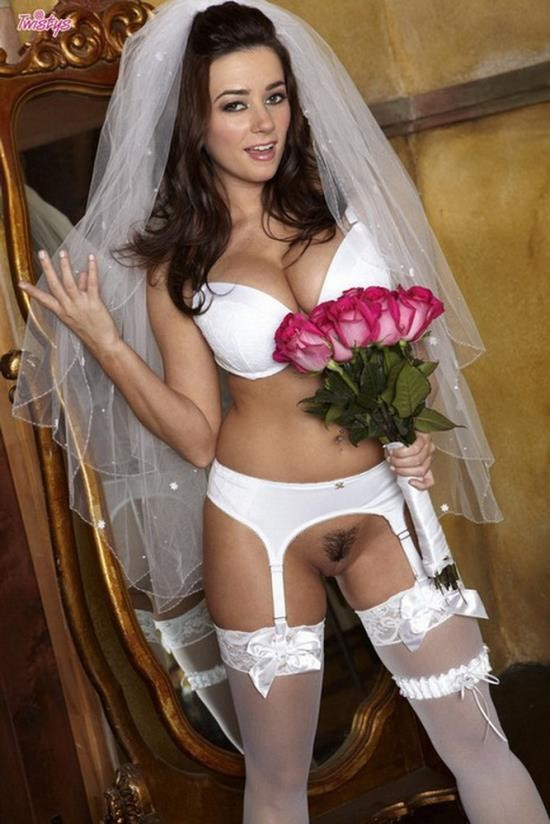 Twistys - Taylor Vixen - Taylor Vixen - The Bride (HD/720p/633 MB)