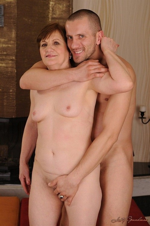 LustyGrandmas/21Sextreme - Piros - Piros is back for more! (HD/720p/590 MB)